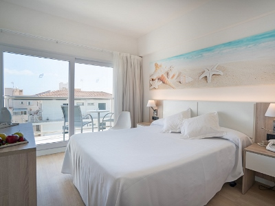 bedroom - hotel thb gran playa - adults only - can picafort, spain