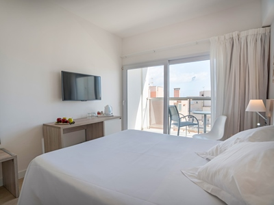 bedroom 2 - hotel thb gran playa - adults only - can picafort, spain