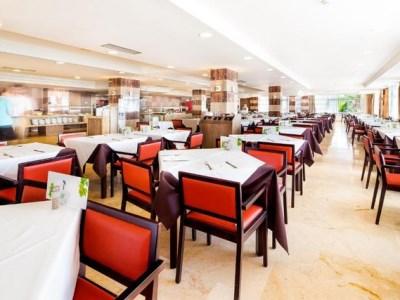 restaurant - hotel thb sur mallorca - colonia sant jordi, spain