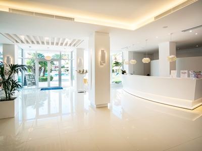 lobby - hotel thb sa coma platja - sa coma, spain