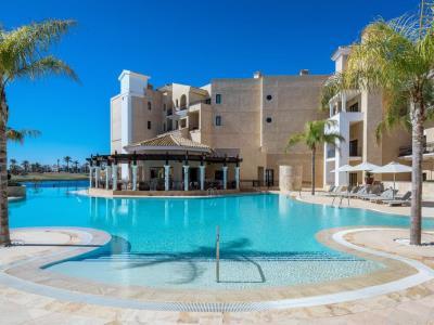 outdoor pool - hotel doubletree by hilton la torre golf spa - roldan, spain