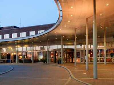 Hilton Helsinki Kalastajatorppa (I)