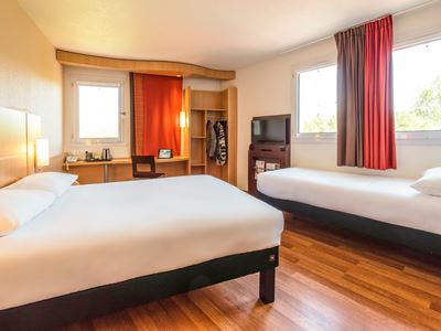 bedroom 3 - hotel ibis chateau-thierry - essomes sur marne, france