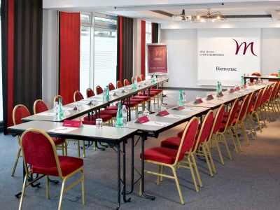 conference room 1 - hotel mercure charpennes - lyon, france