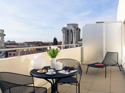 bedroom 7 - hotel mercure centre notre dame - nice, france