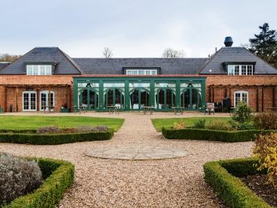 exterior view 1 - hotel mercure warks walton hall - walton-warwickshire, united kingdom