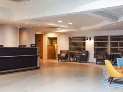 lobby - hotel doubletree by hilton oxford belfry - thame, united kingdom