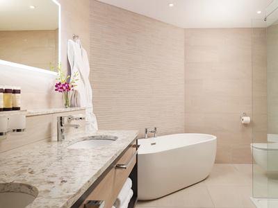 bathroom - hotel grand central hotel belfast - belfast-n.irl, united kingdom