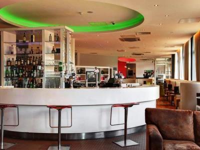 bar - hotel ramada encore - belfast-n.irl, united kingdom