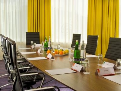 conference room - hotel ramada encore - belfast-n.irl, united kingdom