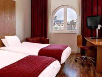 bedroom 3 - hotel ramada encore - belfast-n.irl, united kingdom