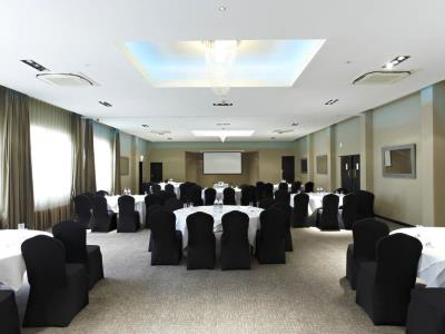 conference room - hotel ramada birmingham solihull - birmingham, united kingdom