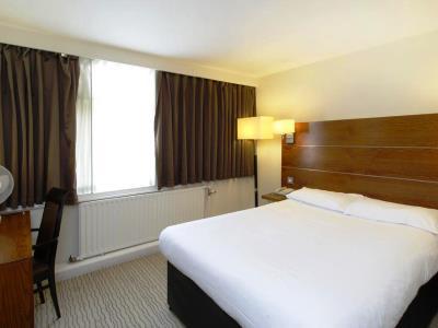 bedroom 6 - hotel ramada birmingham solihull - birmingham, united kingdom