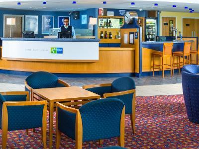 lobby - hotel holiday inn express bradford city ctr - bradford, united kingdom