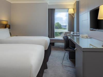 bedroom 4 - hotel doubletree by hilton bristol city ctr - bristol, united kingdom