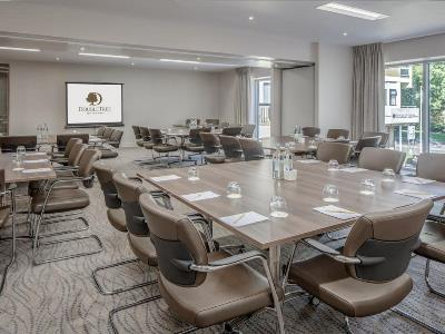 conference room - hotel doubletree by hilton bristol city ctr - bristol, united kingdom
