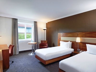 bedroom 2 - hotel doubletree by hilton bristol north - bristol, united kingdom