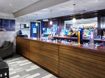 bar - hotel doubletree by hilton bristol north - bristol, united kingdom