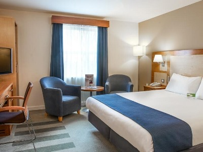 bedroom 1 - hotel holiday inn bristol airport - bristol, united kingdom