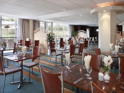 restaurant - hotel holiday inn bristol airport - bristol, united kingdom