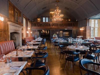 restaurant - hotel lygon arms - broadway, united kingdom