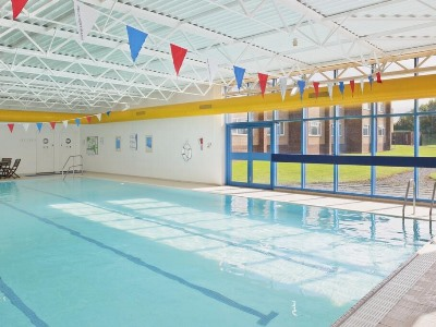 indoor pool - hotel holiday inn chester south - chester, united kingdom