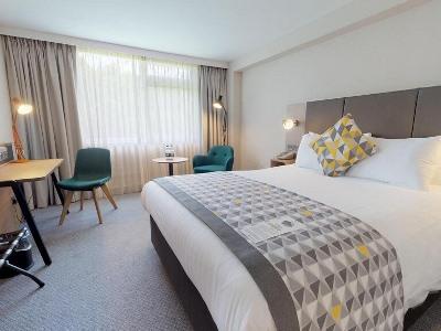 bedroom - hotel holiday inn coventry m6 j2 - coventry, united kingdom