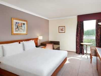 bedroom - hotel hilton london croydon - croydon, united kingdom