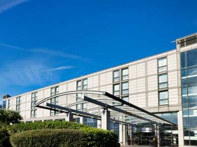 exterior view - hotel hilton london croydon - croydon, united kingdom