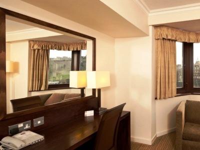 bedroom 4 - hotel mercure edinburgh princes street - edinburgh, united kingdom
