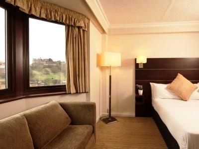 bedroom 6 - hotel mercure edinburgh princes street - edinburgh, united kingdom