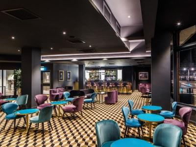 restaurant 1 - hotel mercure edinburgh princes street - edinburgh, united kingdom