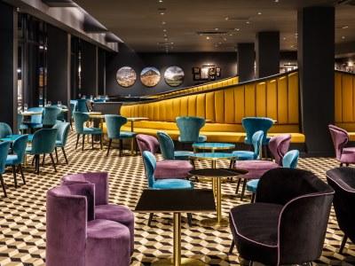 bar 1 - hotel mercure edinburgh princes street - edinburgh, united kingdom