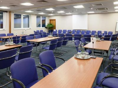 conference room 1 - hotel holiday inn edinburgh - edinburgh, united kingdom