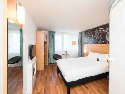 bedroom 1 - hotel ibis centre south bridge - edinburgh, united kingdom