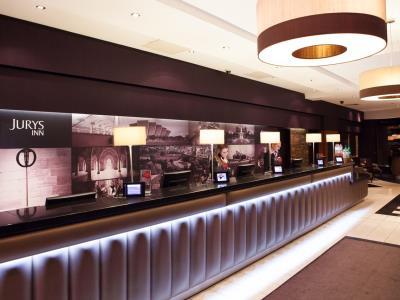 lobby - hotel jurys inn glasgow - glasgow, united kingdom
