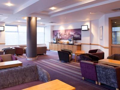 lobby 1 - hotel jurys inn glasgow - glasgow, united kingdom
