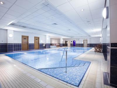indoor pool - hotel hilton glasgow - glasgow, united kingdom