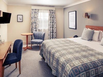 bedroom - hotel mercure gloucester bowden hall - gloucester, united kingdom