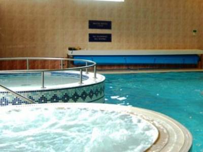 indoor pool - hotel jurys inn inverness - inverness, united kingdom