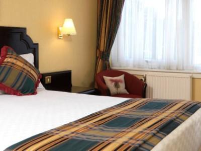 bedroom 4 - hotel jurys inn inverness - inverness, united kingdom
