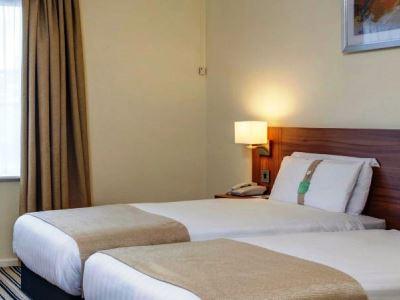 bedroom 1 - hotel holiday inn lancaster - lancaster, united kingdom
