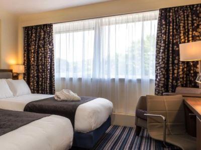 bedroom 2 - hotel holiday inn lancaster - lancaster, united kingdom