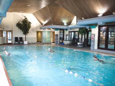 outdoor pool - hotel lancaster house - lancaster, united kingdom