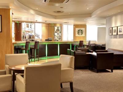 bar - hotel holiday inn london - regent's park - london, united kingdom