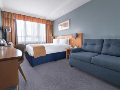 bedroom 1 - hotel holiday inn kensington forum - london, united kingdom
