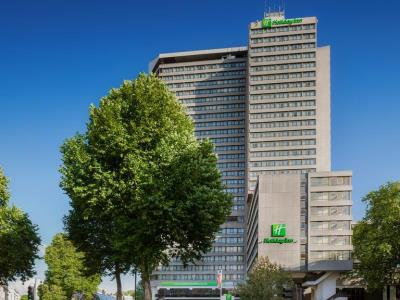 exterior view - hotel holiday inn kensington forum - london, united kingdom
