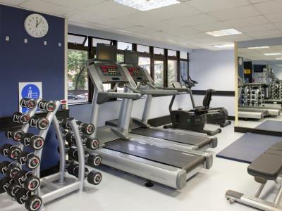 gym - hotel holiday inn kensington forum - london, united kingdom