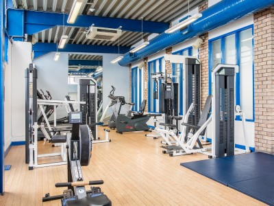 gym - hotel crowne plaza manchester airport - manchester, united kingdom