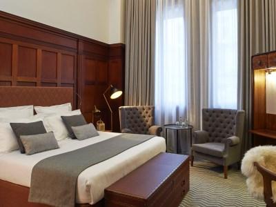bedroom 2 - hotel kimpton clocktower - manchester, united kingdom